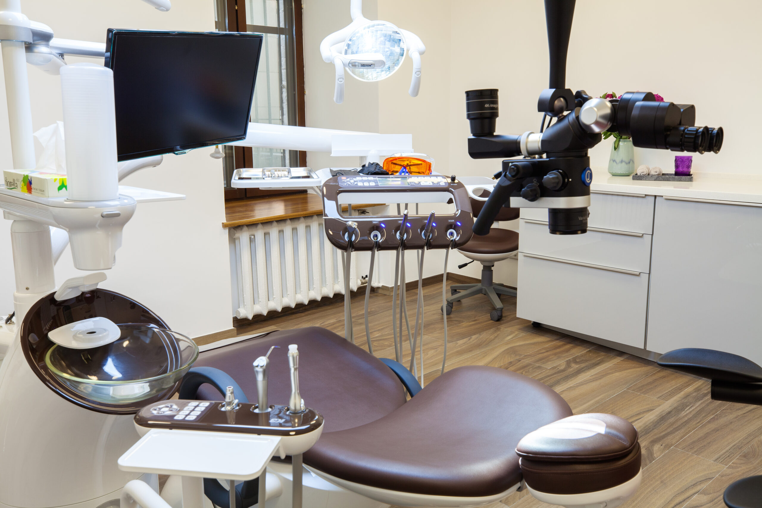 Интерьер клиники на трубной